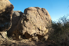 Rock Climbing Photo: awesome warmup boulder next to the rats nest bould...