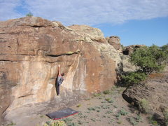 Rock Climbing Photo: Starting Bob's Bog Boy, highball V6
