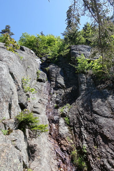 Gully on the right side of the Far Left Slab.