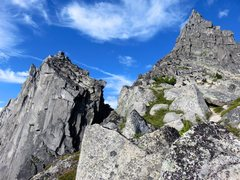 Rock Climbing Photo: Looking up towards the summit tower of Rexford fro...