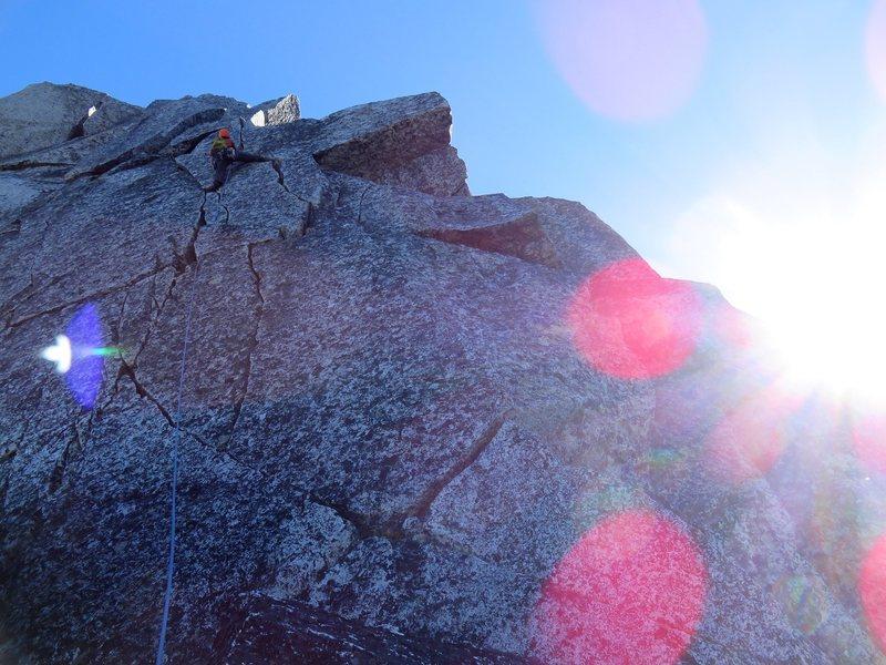 Aesthetic 5.8 cracks on the upper SW Ridge of North Nesakwatch.