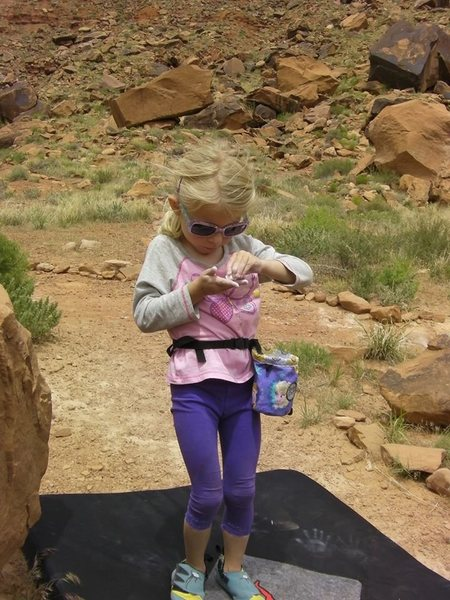 """Rock Climbing Photo: Chalking up with """"Frozen"""" chalk bag."""