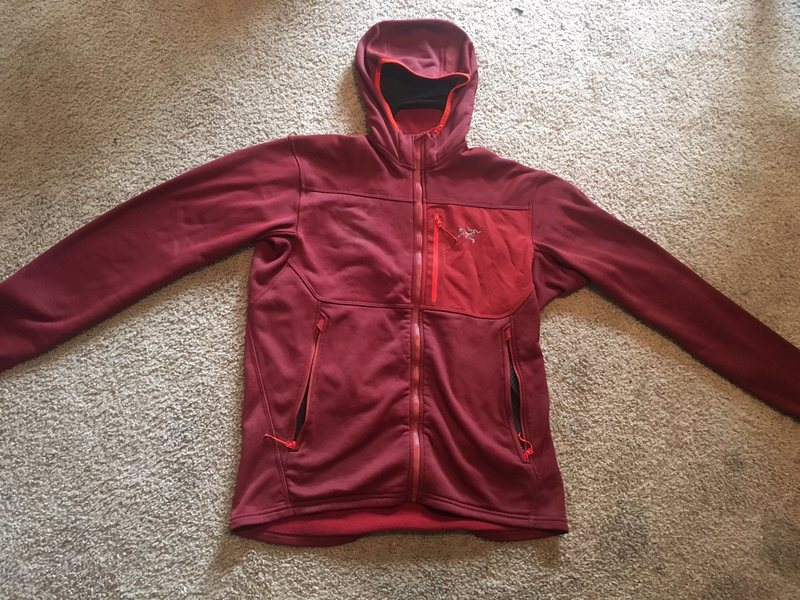 Fortrez Hoody, size medium