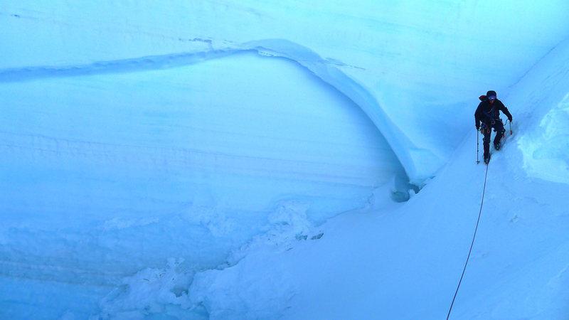 Descending the cutoff below the ridge.