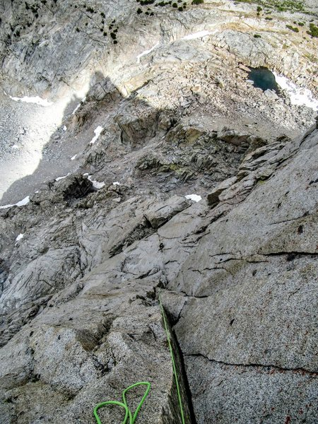 Looking down the long and sustained P6 of Picture Peak's NE Face IV 5.10. Excluding the Incredible Hulk, this might be the best pitch I've climbed in these mountains.