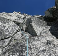 Rock Climbing Photo: ~150' into P2 (or 30' into P3).  Ended up ...