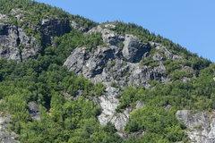 Rock Climbing Photo: Last Call and CC Arete area