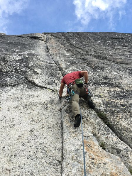Rock Climbing Photo: Hanson negotiating the opening moves of Little She...