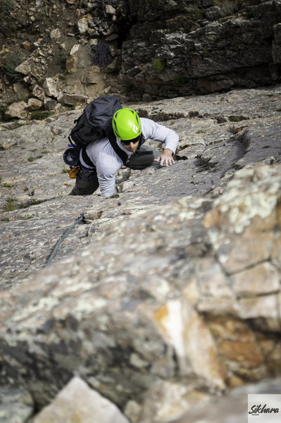 Belaying the second on Utah Crack