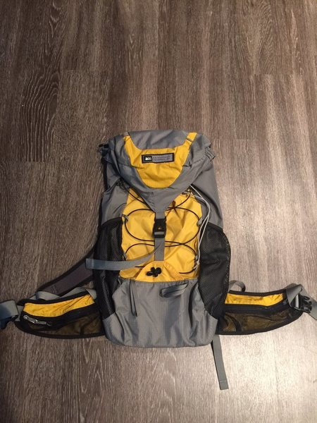 REI flash 30 pack . Like new condition $35 shipped