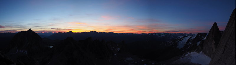 If you encounter a lineup at the base, at least you can enjoy a comfortable view of the sunrise over the mountains.