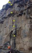 Rock Climbing Photo: Julius Squeezer starts up huecoed arete behind cli...