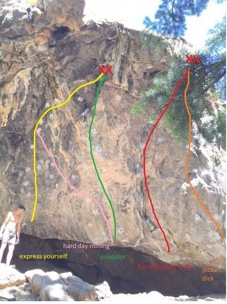 Rock Climbing Photo: Normal stand starts for routes in Nomad Cave. Note...