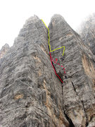 Rock Climbing Photo: Tricky route-finding: The yellow line is where we ...