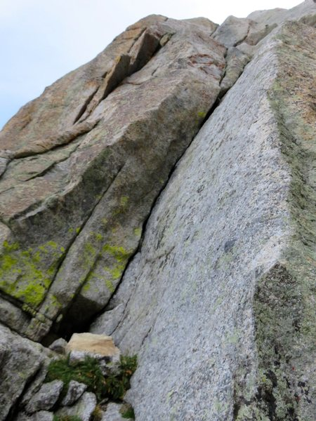 Rock Climbing Photo: Pitch 2. This pitch starts by ascending the acute ...