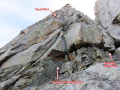 Rock Climbing Photo: Start of SW Arete. Looking up Pitch 1, which start...