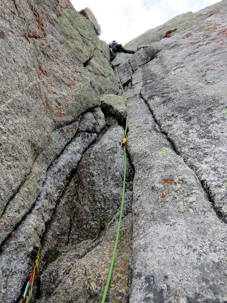 Rock Climbing Photo: Pitch 6. Continue up the crack and corner system.