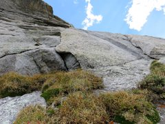 Rock Climbing Photo: Looking up Pitch 4, an arching right-facing corner...