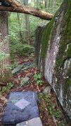 Rock Climbing Photo: Old Toboggan boulder