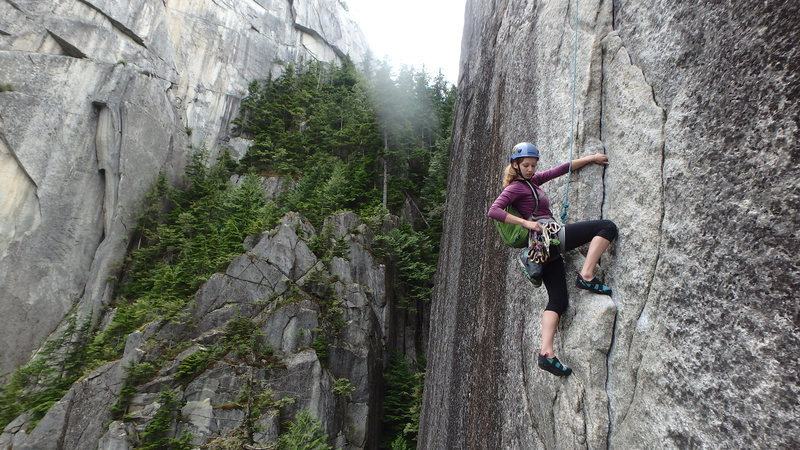 """Starting up the last """"crux"""" pitch of Butt Face"""