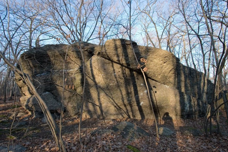 Rock Climbing Photo: More of Temple Overhang