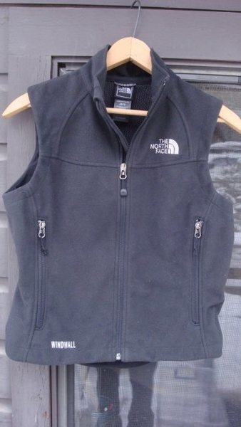 Rock Climbing Photo: Wind Wall Fleece Vest - XS