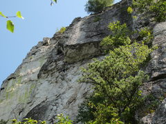 Zoom in to see the hanging belay at the end of the traverse.