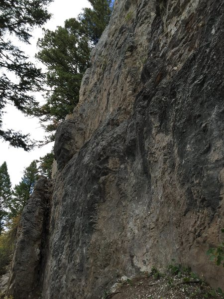 Rock Climbing Photo: Side view from the right side, there is another bo...