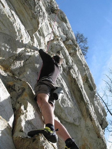 Hi, I am Benjamin Bitton shares my first experience of climbing on Cheaha Rock, it was tough and terrible.