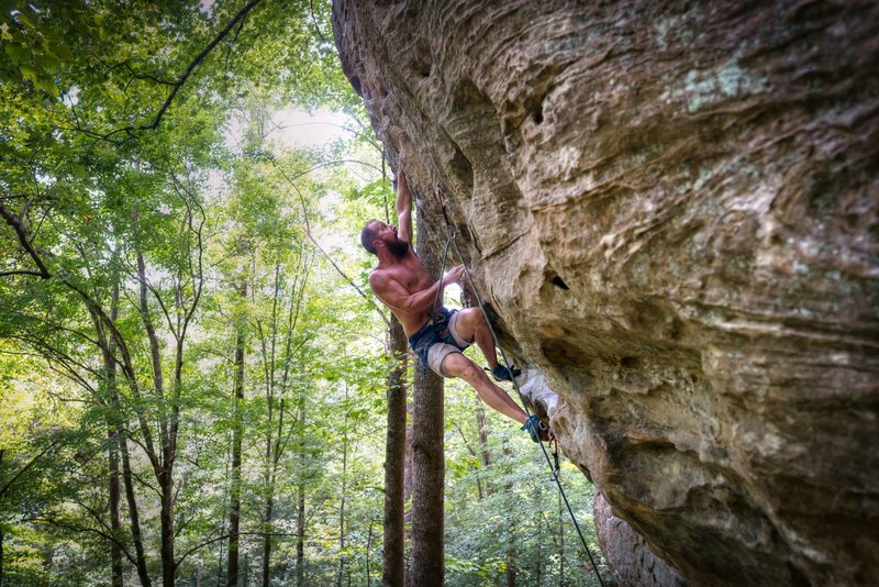 Joe tackling the overhang on Johnny B. Good @ PMRP - The Gallery