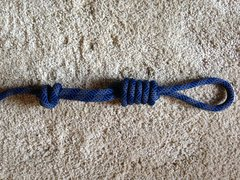 Easy to untie after many falls.