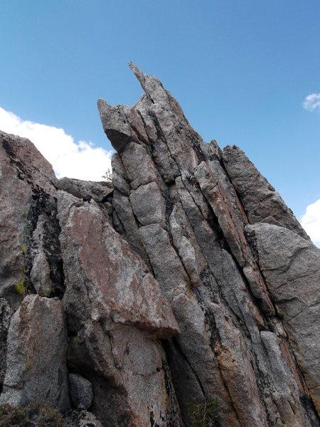 Plenty of mini fins guard the ridge proper which makes this ridge traverse so fun.