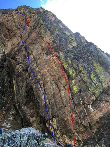 Arresto Momentum (5.11c) in red.<br> Book of Spells (5.12 a/b) in blue.