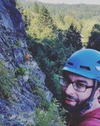 Rock Climbing Photo: Climbing SE Corner of Beacon with Steve Wolford