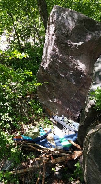 Rock Climbing Photo: Head on shot of the overhanging wall