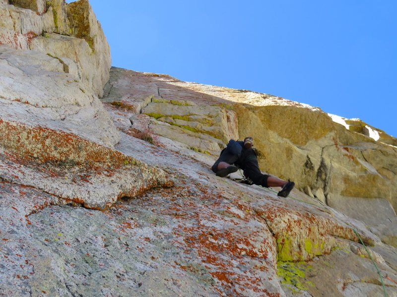 Rock Climbing Photo: Pitch 3. Jeff on the crux traverse across the flar...