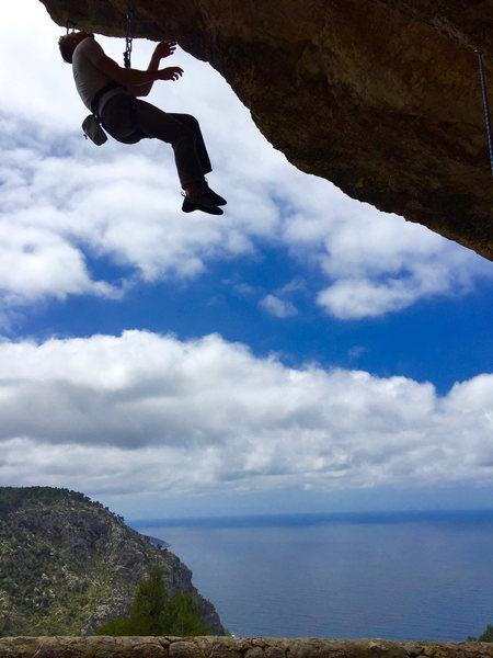Checking out the steeps above the sea in Mallorca