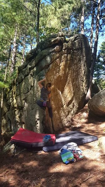 Tanya givin&@POUND@39@SEMICOLON@ it a send. Beautiful boulder filled with fun lines.