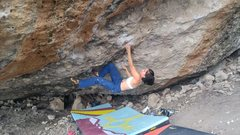 Rock Climbing Photo: Opening moves on Golden