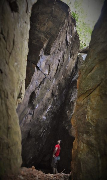 Rock Climbing Photo: Aaron Parlier setting sights before the FA of &quo...