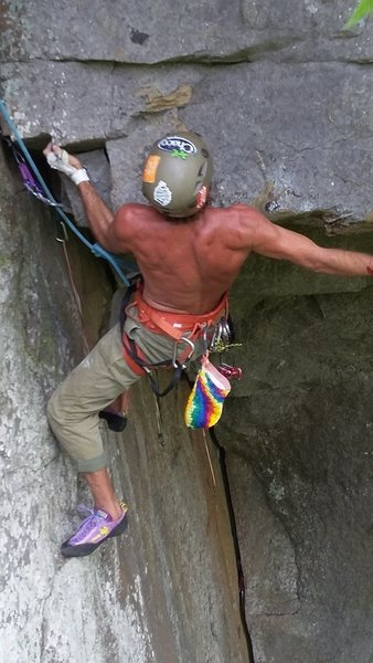 Rock Climbing Photo: Pulling roof end up to next roof traverse