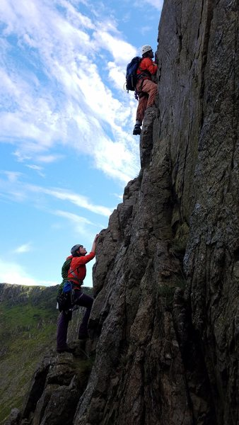 exposed face climbing on the Cyfrwy Arete!