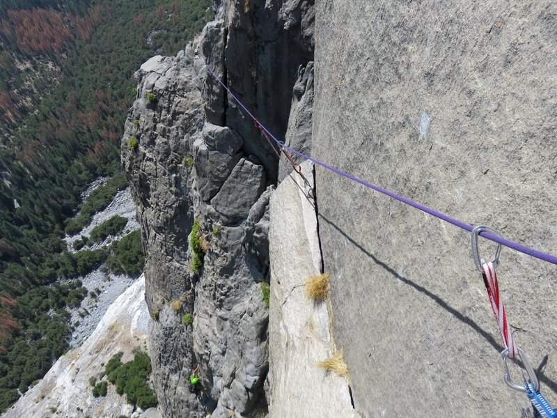 Rock Climbing Photo: Pitch 10. The traverse at the top of Pitch 10. Thi...