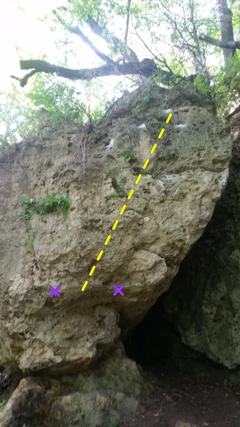 Rock Climbing Photo:  Acapella climbs multiple variations up this small...
