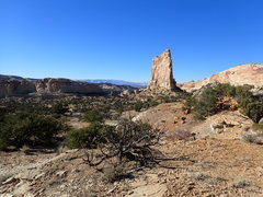Rock Climbing Photo: Mirage Tower as seen from Joe and His Dog.  The ro...
