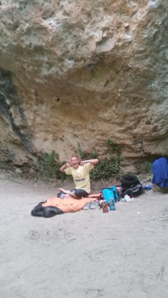 Wild camping. - Waking up in Gorge Du Tarn, France. - Then we climbed the bedroom ceiling!