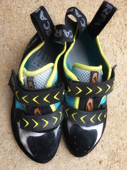 Rock Climbing Photo: Scarpa Vapor V - Size 40 ($100)
