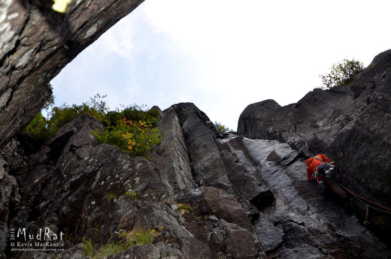 John Pikus leading Windjammer, an aesthetic line on the right-hand wall of a trap dike.