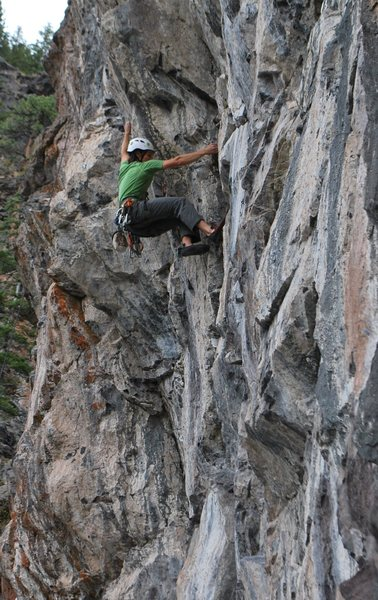 Rock Climbing Photo: Demonstrating poor technique on the steep, lower p...