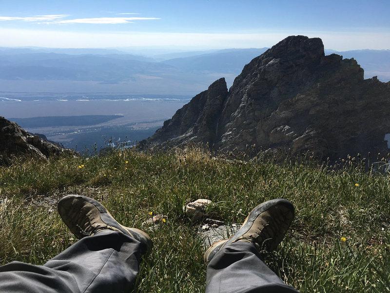 Grassy ledge on the SE Ridge of Middle Teton